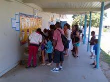 Image of Woodbine families check classroom assignments