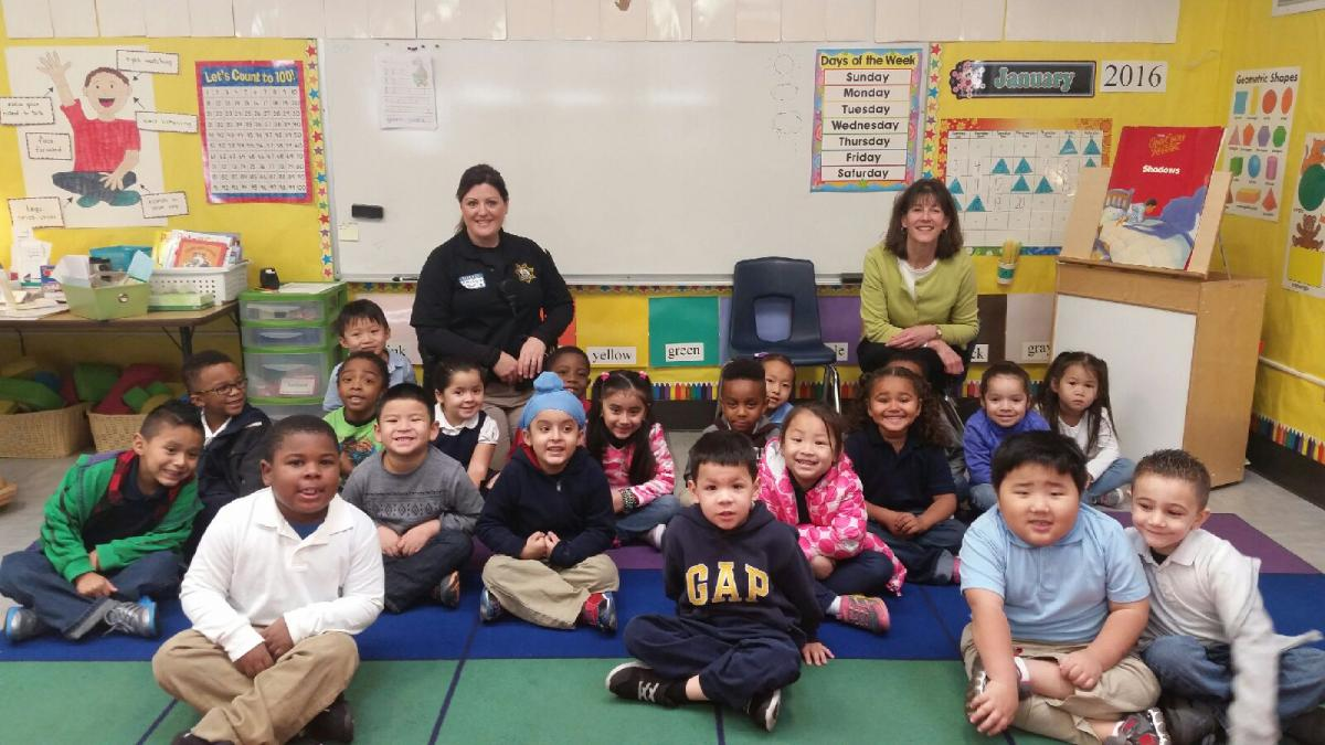 Image of Students learn about careers at Pacific Elementary Career Day
