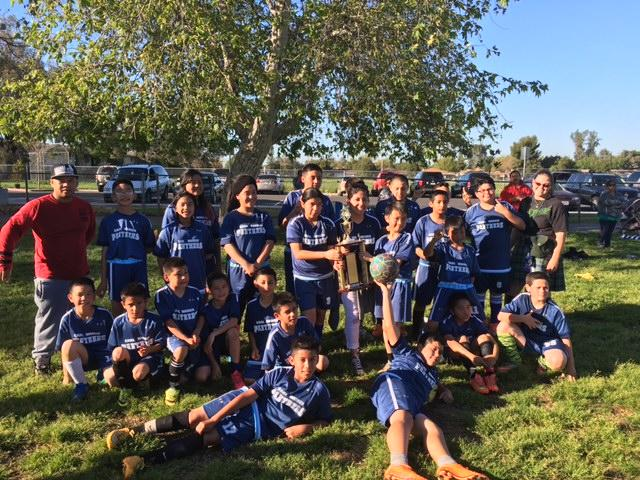 Image of Earl Warren Panthers take top prize in soccer