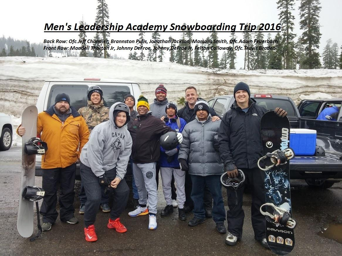 Image of Kennedy Men's Leadership Academy students go snowboarding