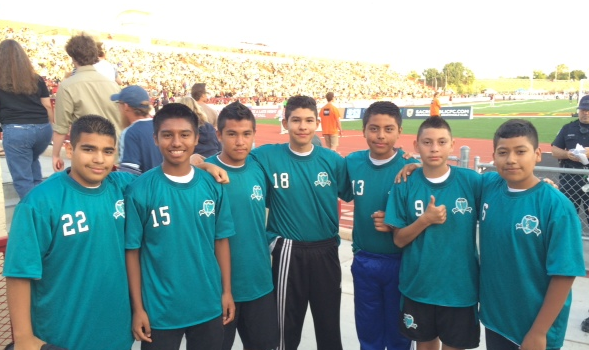 Image of Fern Bacon's champion soccer players meet Sacramento's Republic team