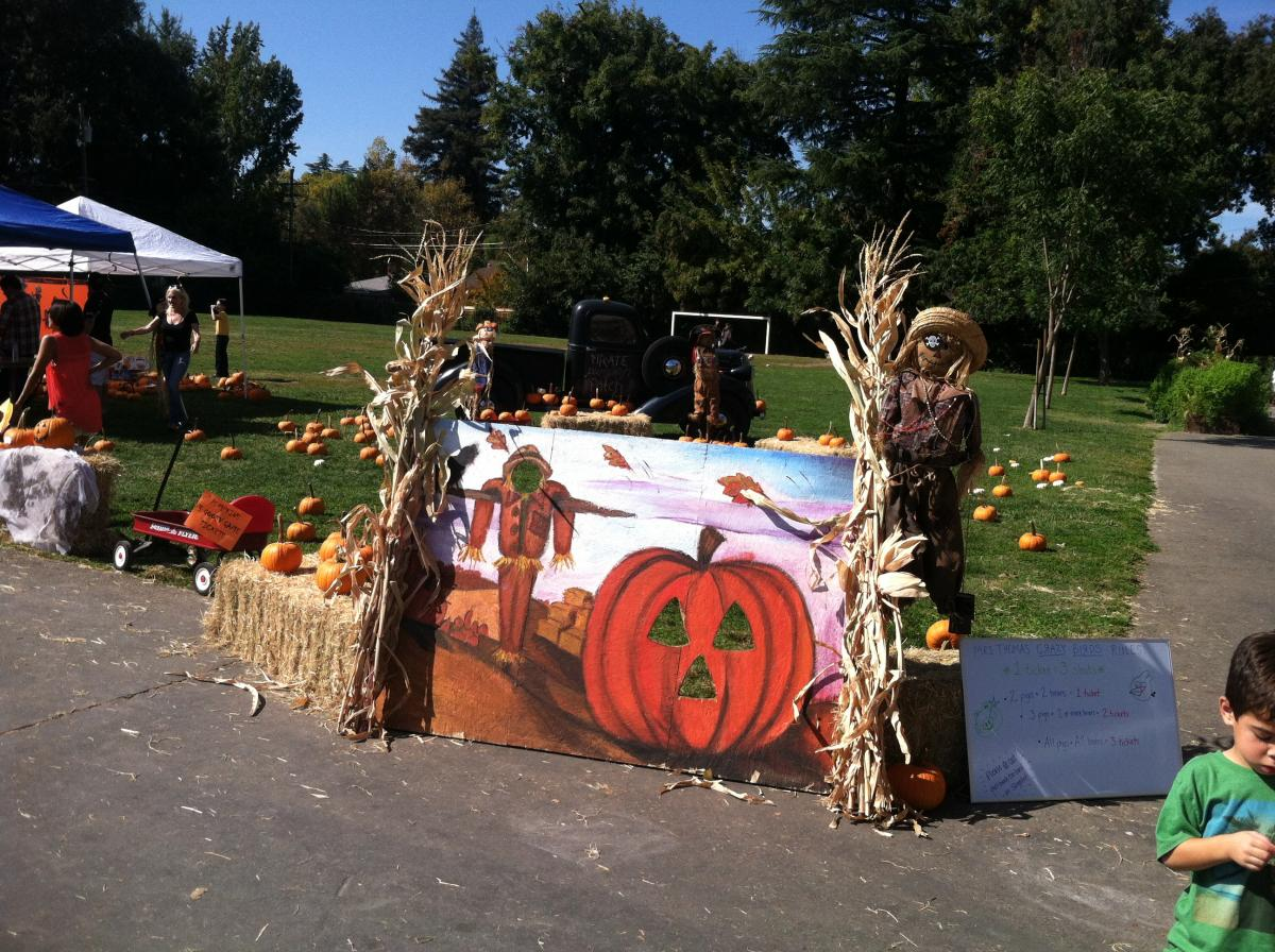 Image of Crocker-Riverside's Fall Festival draws legions to Land Park campus