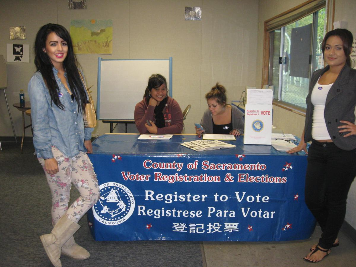 Image of American Legion High School students participate in mock election