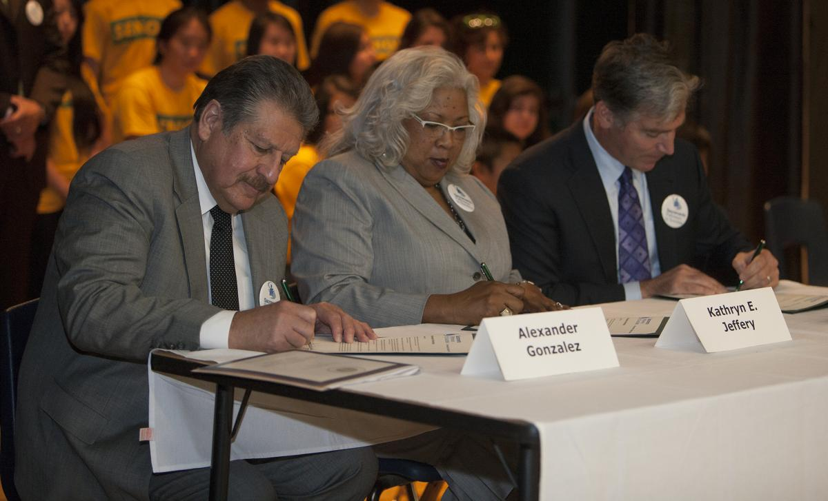 Image of SCUSD joins with local colleges to create roadmap to higher education