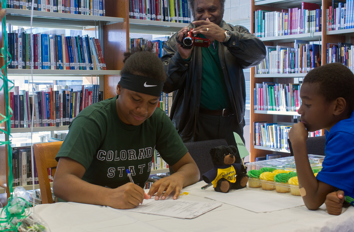 Image of Rosemont basketball player signs with Colorado State