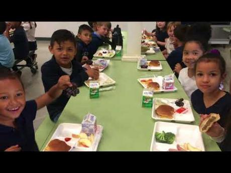 Washington Elementary School Nutrition Hero Wins Check and a Cape